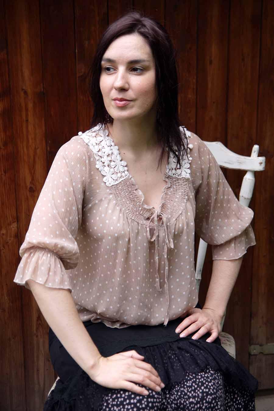 Light viscose blouse - La Gitanilla Flamenca_flamenco fashion_Juana_Blouse