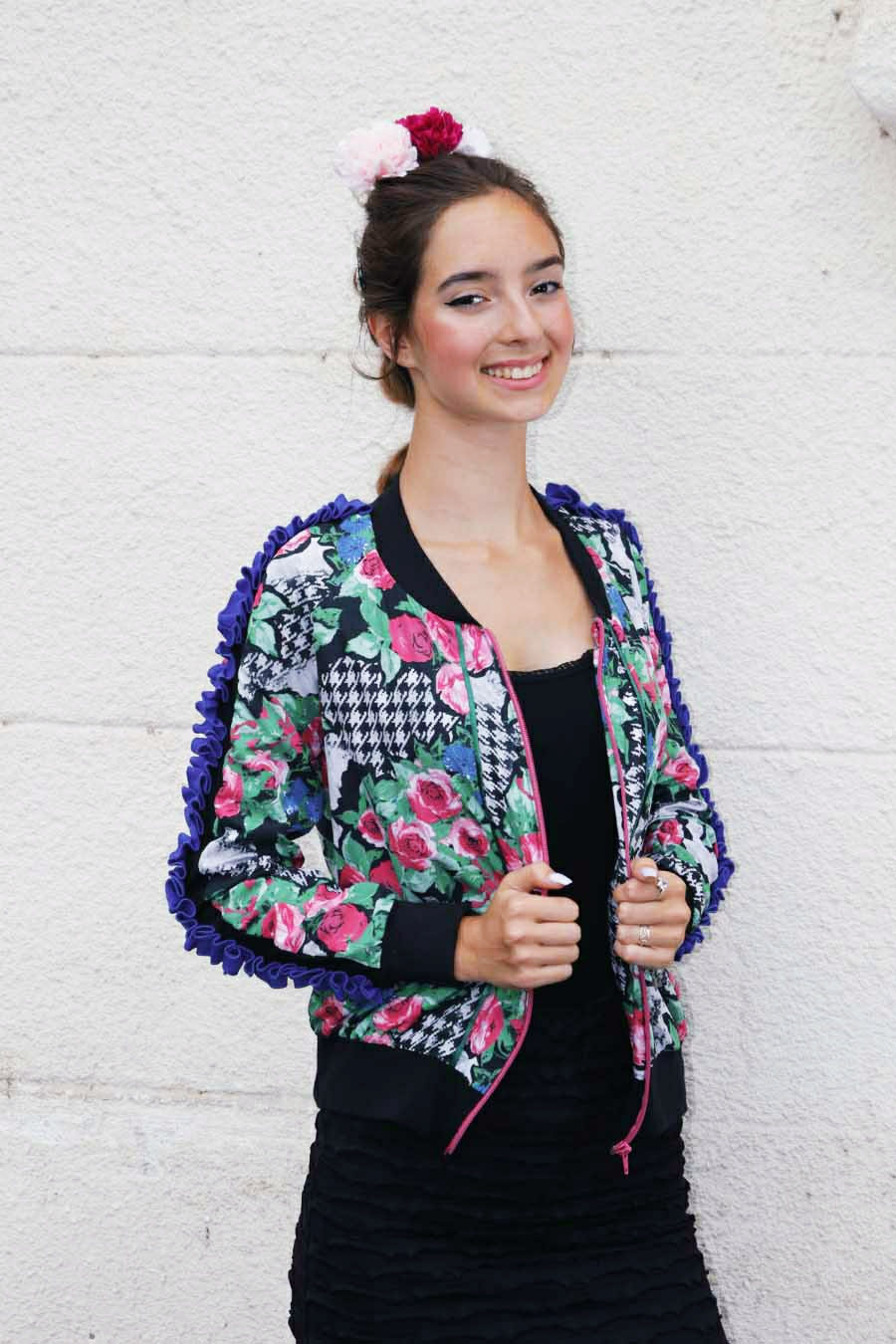 Bomber with rosa print and ruffle details