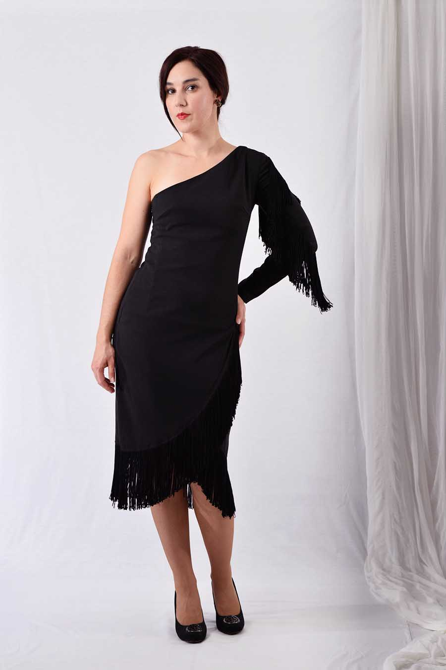Asymmetric one-sleeve cocktail dress in black with fringes