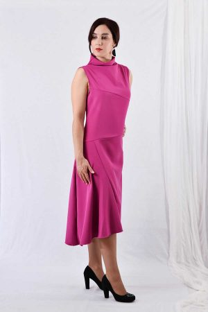 Asymmetric sleeveless dress in pink